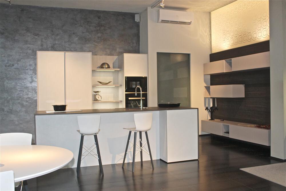 Showroom cucine modulnova centrocucine di full - Centro cucine usmate ...