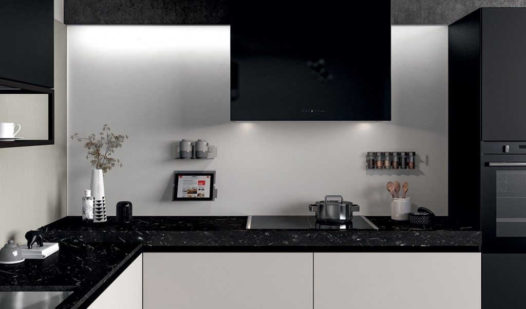 http://www.centrocucine-usmate.it/wp-content/uploads/2014/04/02_GLASS_C-1024x603.jpg